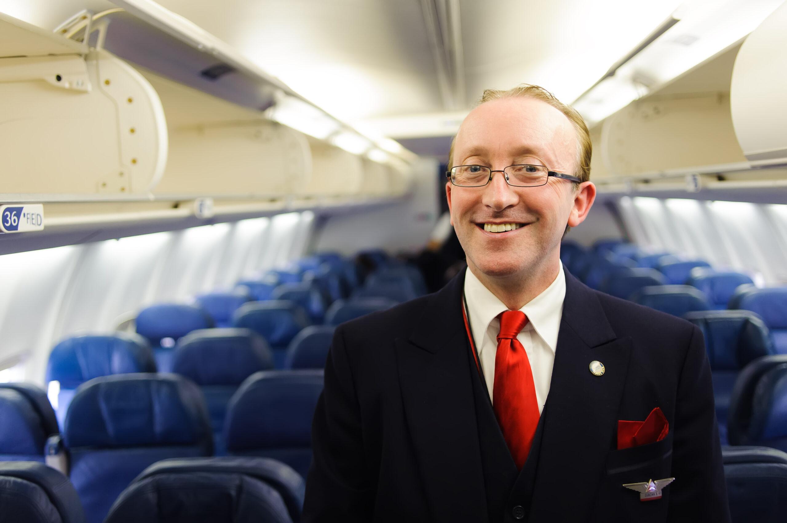 New-york,,Usa,-,April,19,,2011:,Delta,Air,Lines,Crew